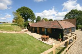 Pet Friendly Cottages Hastingleigh | Crabtree Farm Cottages Kent